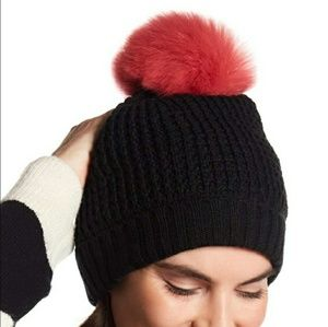 NWTs NORLA Homeward Cuff Faux Fur Black Beanie